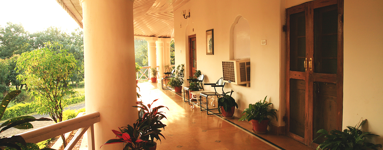 Hilltop Bungalow in Pachmarhi