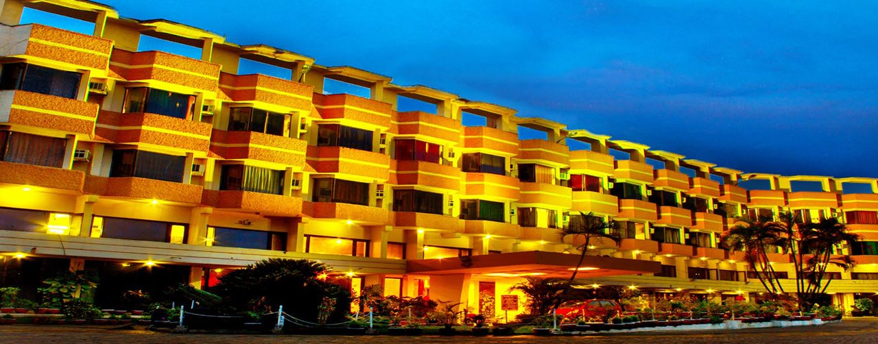 Hotel Grand Samdareeya in Jabalpur